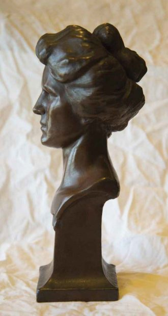 Bust of Viola Westergaard, the only victim of the Spanish flu on the Pomona campus