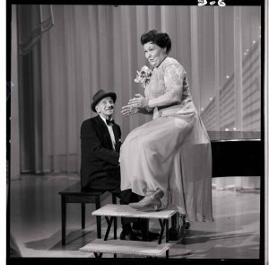 Mrs. Miller and Jimmy Durante sing a duet on TV's The Hollywood Palace.
