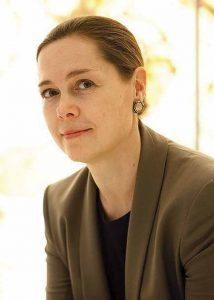 Martina Vandenberg '90